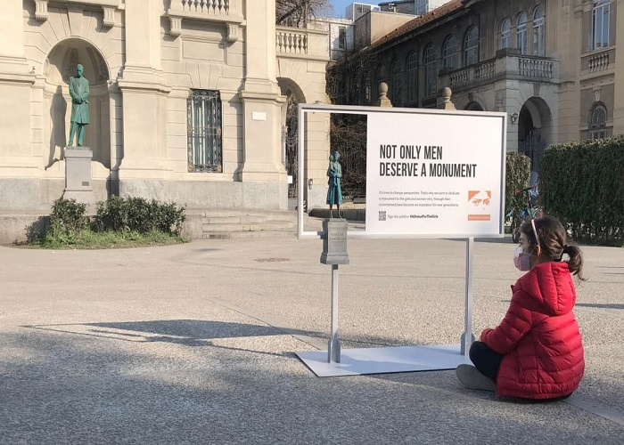 تبلیغات به مناسبت روز جهانی زن تبلیغات ایتالیا ثبت آگهی رایگان بیلبورد